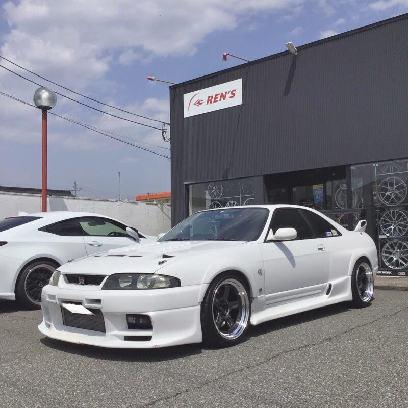 日産 R33 スカイラインGT-R × RAYS 【ボルクレーシング21C】